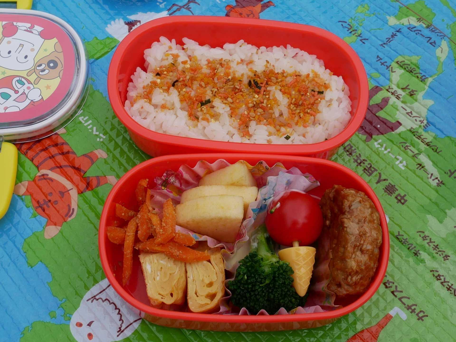 お弁当の日(3歳児クラス)